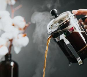La cafetière à piston